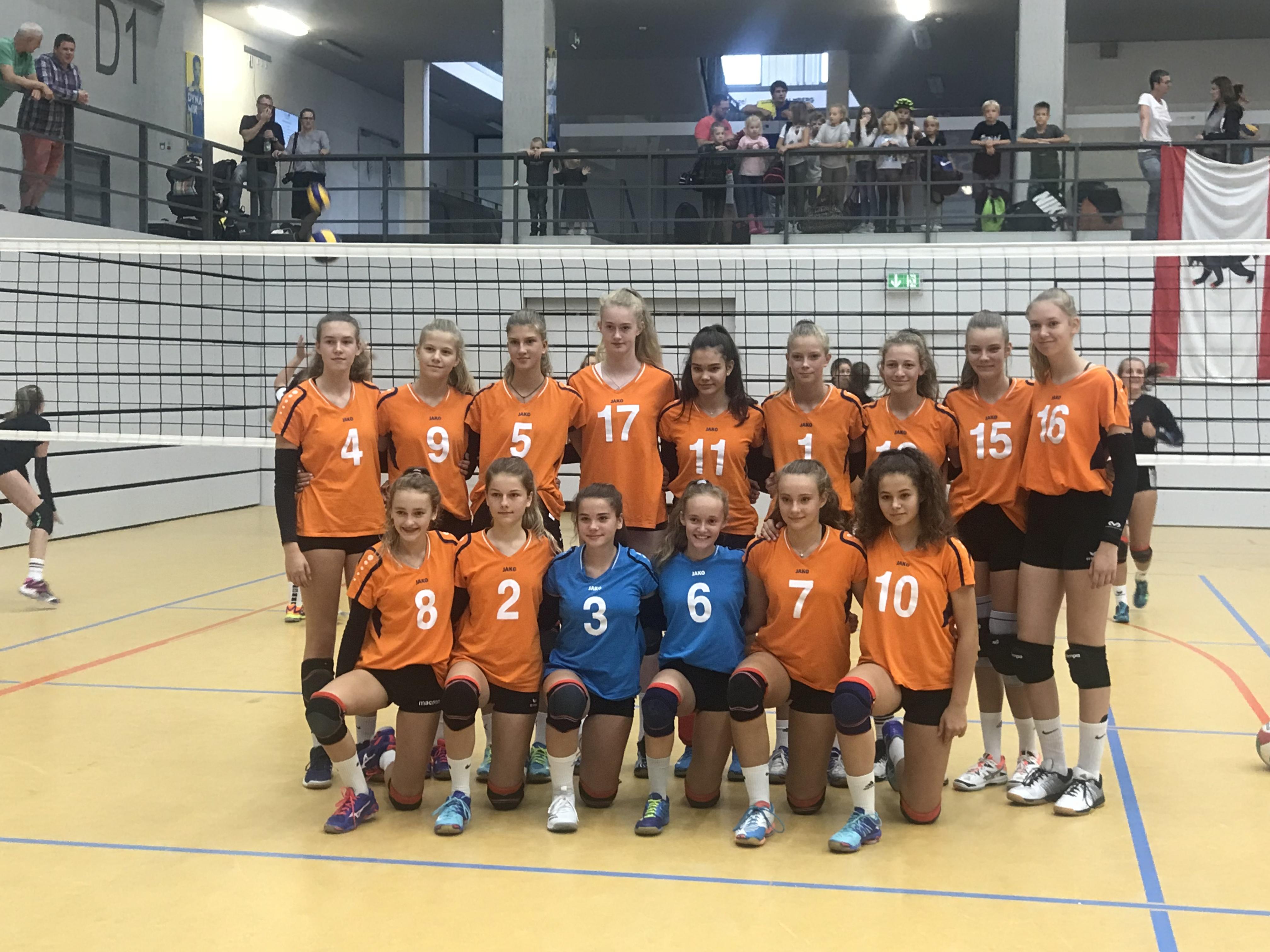 Norddeutschlands Volleyballnachwuchs schmettert in Schwerin