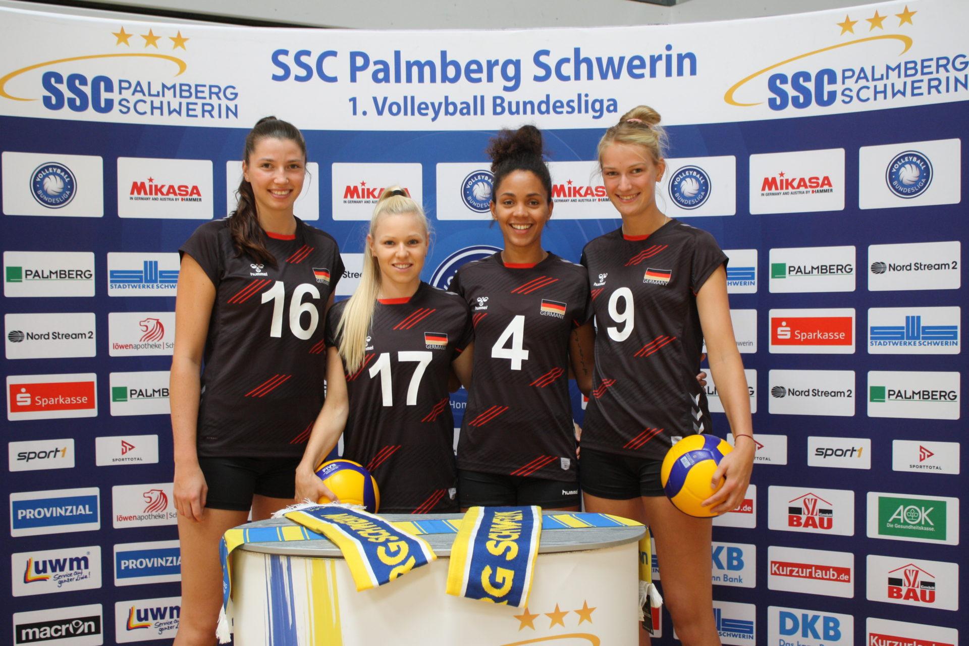 SSC Damen in der Nationalmannschaft Lea Ambrosius, Anna Pogany, Denise Imoudu und Lina Alsmeier Foto SSC